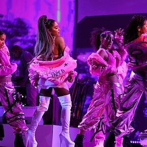 Ariana Grande a její velkolepá šou.