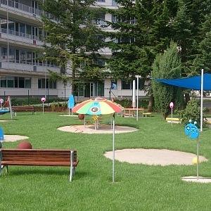 V Motolské nemocnici vystavila Martina terapeutickou zahradu.