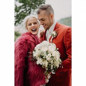 S manželem.
