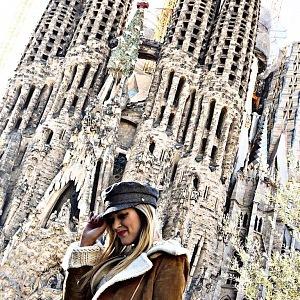 Kromě cestování má moderátorka ráda i módu.