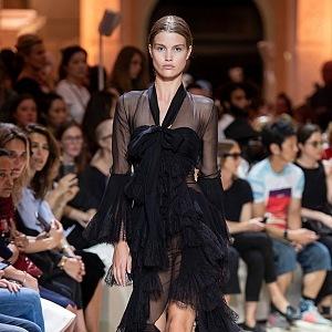 Kolekce Haute Couture Fall 2018.