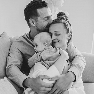 Veronika s partnerem a synem.
