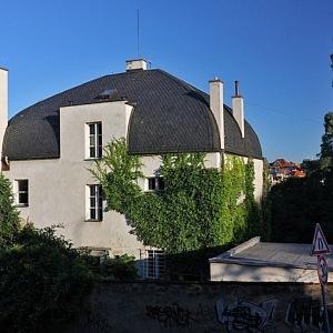 Vila Pick od architekta E. Weisnera, Praha