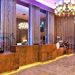 Velkolepá recepce v hotelu W