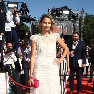 Hana Soukupová, dress Valentino