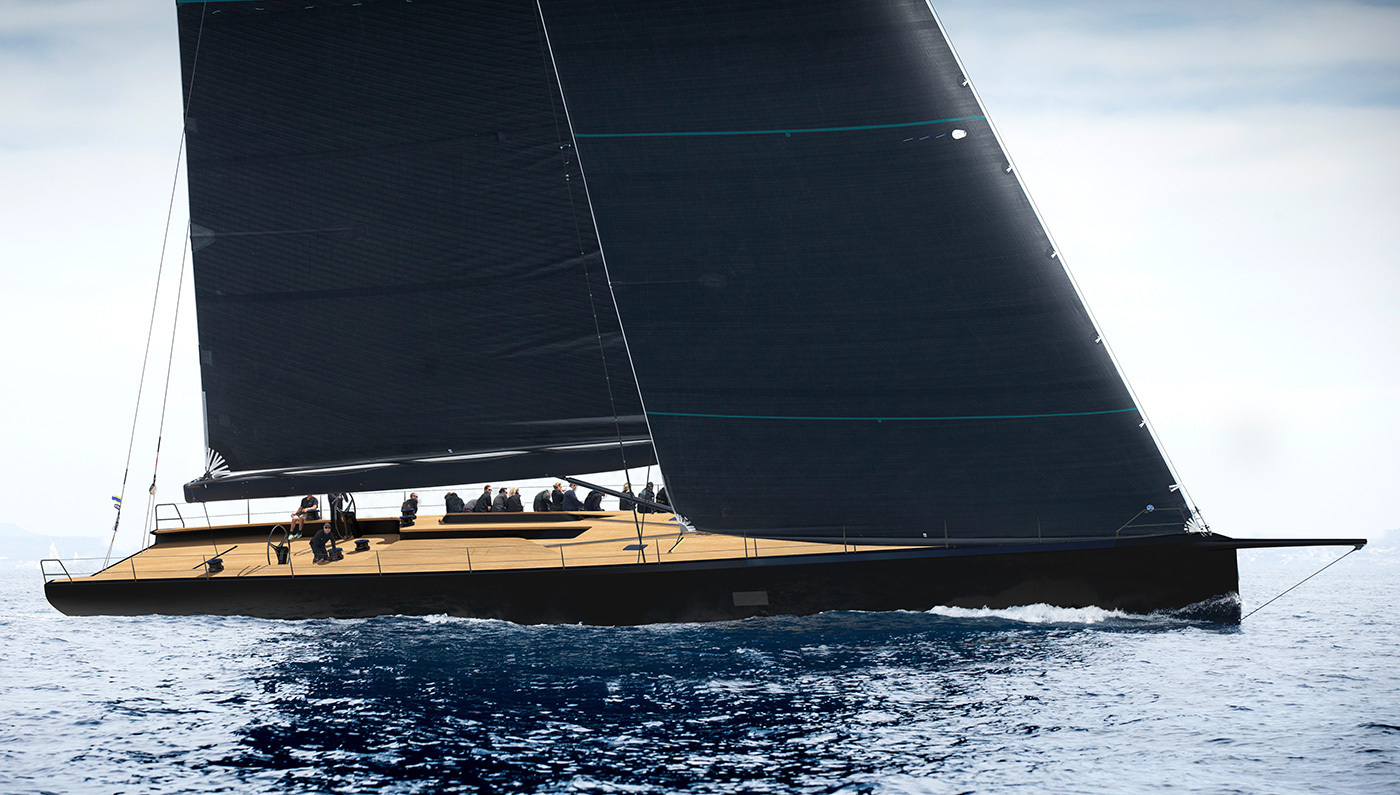 "WALLY 93: A luxurious ""black pearl"" at sea 